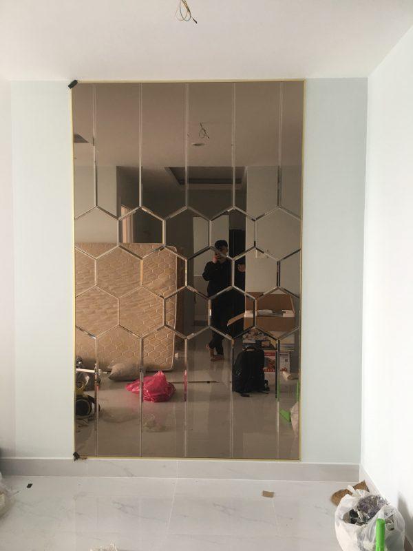 Kính thủy trang trí màu trà - Gương dán tường trang trí